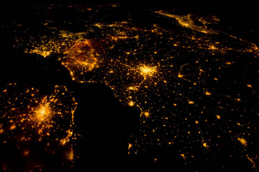 Video Of The Week - A Bird's Eye View Of Earth From Space
