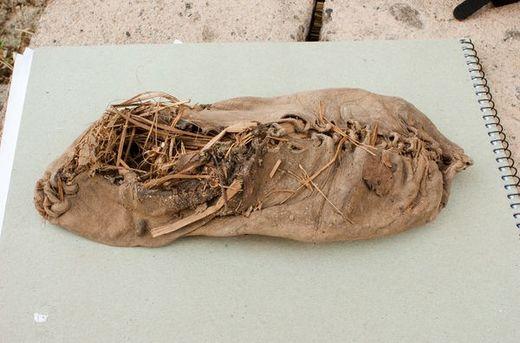 World's Oldest Shoe Looks . . . . . . . . . . . . . Surprisingly Modern!