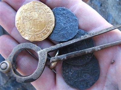 500-Year Old Treasure-Filled Shipwreck Discovered